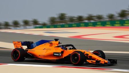 Fernando Alonso se subirá al McLaren en los test de Baréin y Carlos Sainz tendrá que cambiar su motor