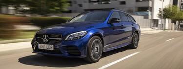 Probamos el Mercedes-Benz C 300 de Estate: un coche familiar híbrido enchufable que se gana la etiqueta CERO sacrificando confort