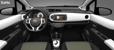 Interior Toyota Yaris SoHo