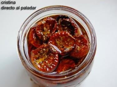 Tomates cherry secos en aceite. Receta