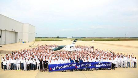 El primer HondaJet de producción ya vuela alto