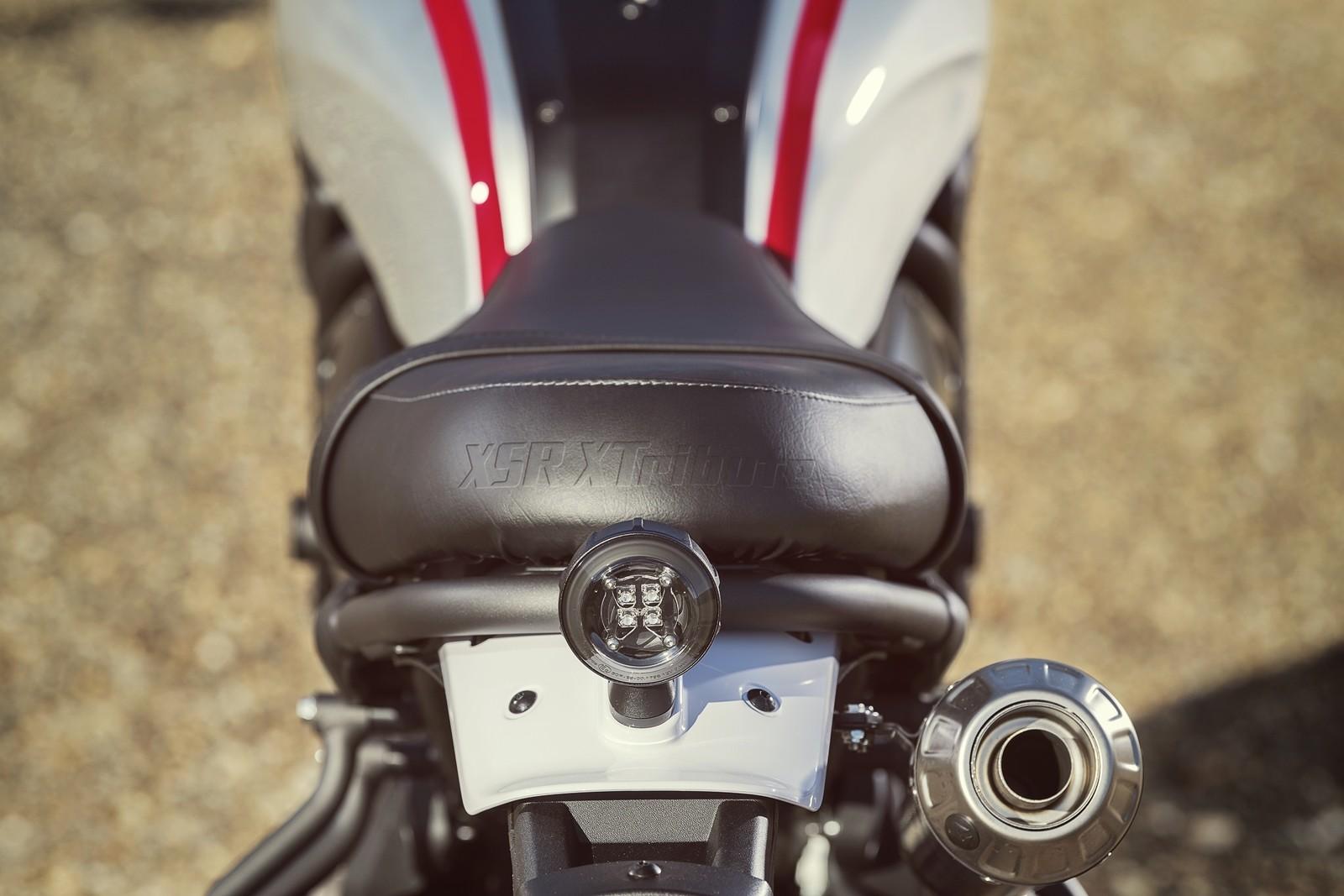 Foto de Yamaha XSR700 XTribute 2019 (20/20)