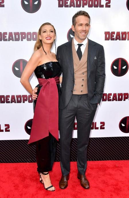 Ryan Reynolds Repite Formula En Su Look Con Chaleco Para La Premiere De Deadpool En Nueva York 3