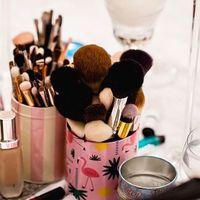 La mini lavadora de Instagram y nueve productos más de Amazon para mantener tus brochas y esponjas de maquillaje en perfecto estado (y que te duren años y años)