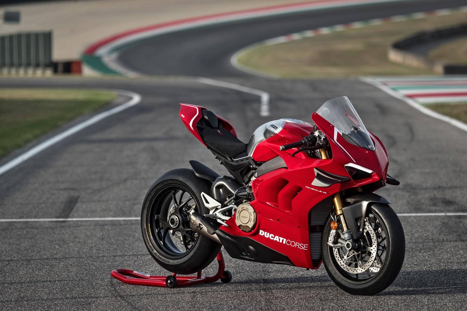 Foto de Ducati Panigale V4 R 2019 (5/87)