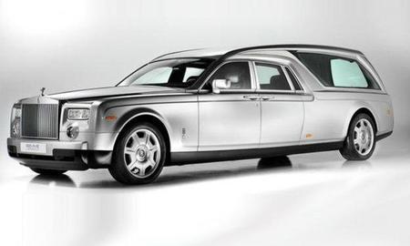Rolls-Royce Phantom fúnebre: morir con estilo