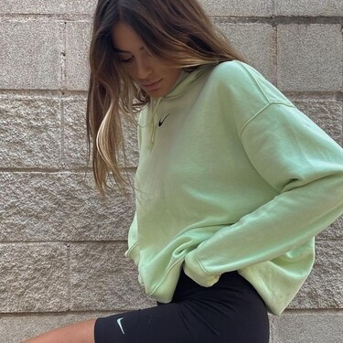 Susana Molina tiene el look y las zapas pastel de Nike que solo copian las tías más guays de la clase