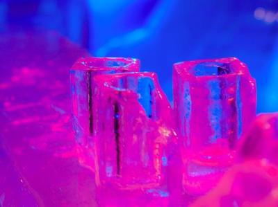 Abre el bar de hielo más grande en la Patagonia