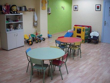 Una familia que cobra 238.000 euros anuales recibirá una beca de guardería