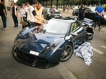 Dolorpasión™: el Pagani Huayra Pearl destrozado en París