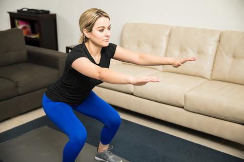 Entrenamiento y teletrabajo: una rutina corta con ejercicios sencillos que puedes hacer para aumentar tu actividad física
