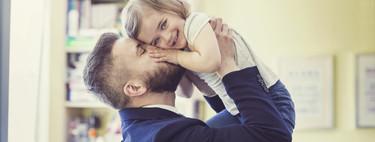 Soy hombre y mi hija tiene que ir al lavabo: ¿entro al de los hombres o al de las mujeres?