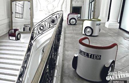 Imágenes de la colección de mobiliario de Jean Paul Gaultier para Roche Bobois