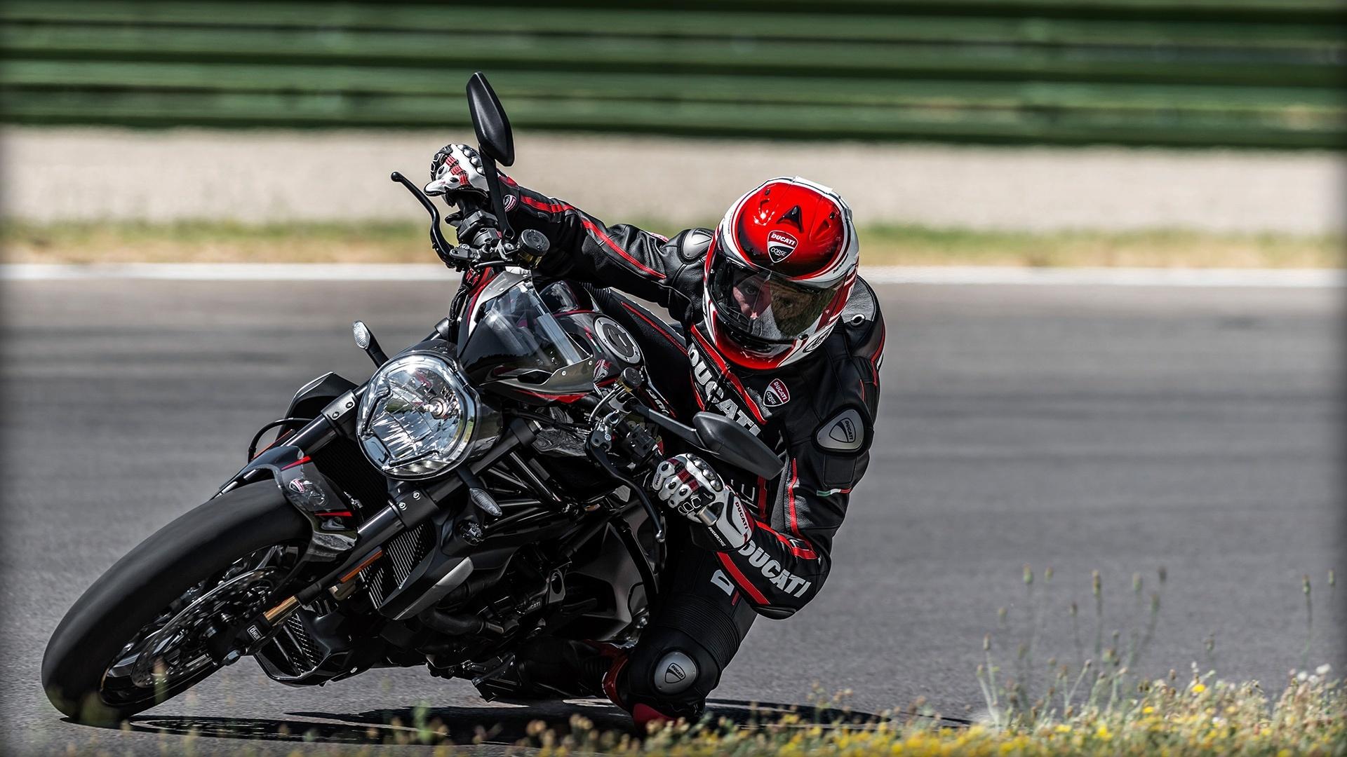 Foto de Ducati Monster 1200 R (8/30)