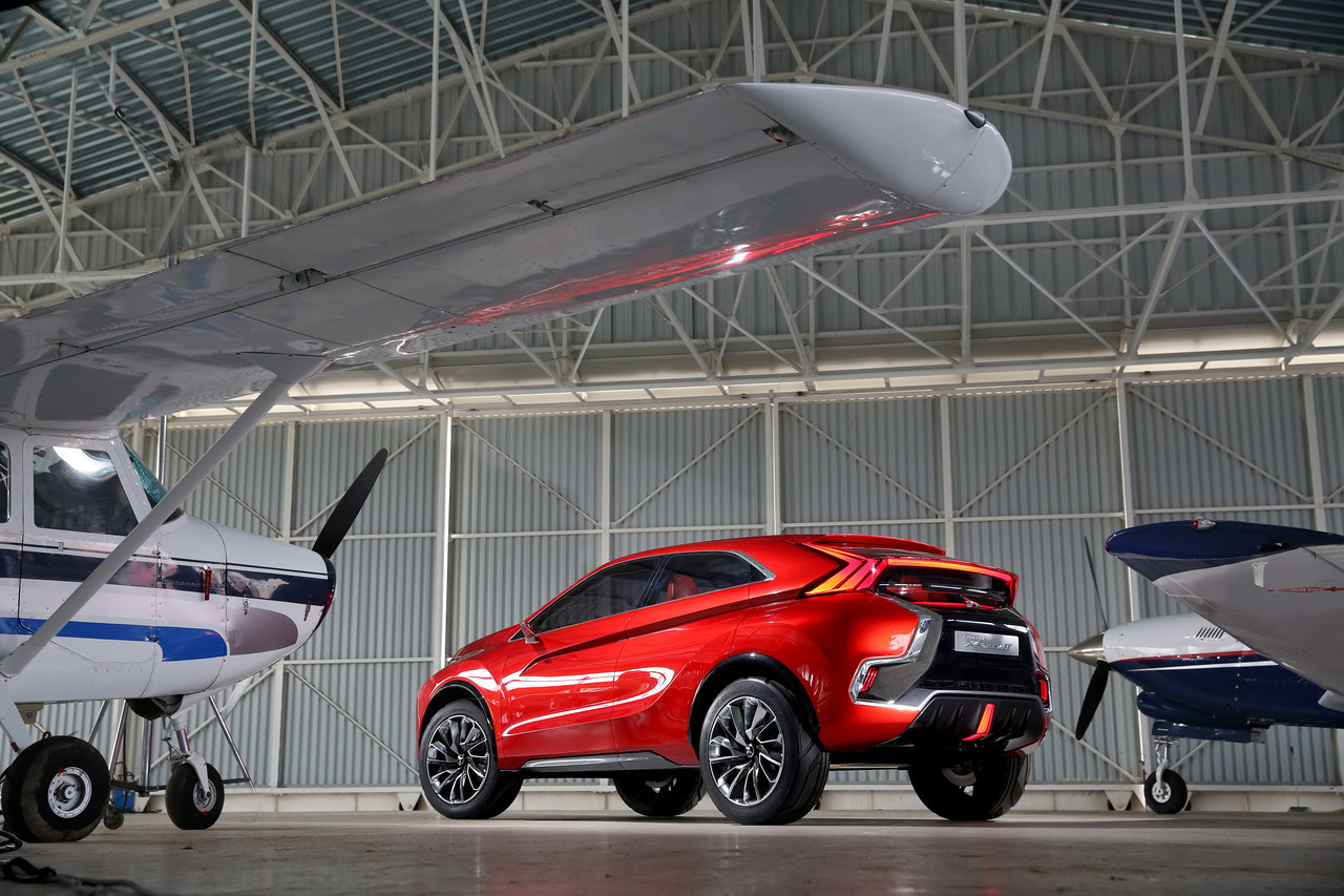 Foto de Mitsubishi XR-PHEV II Concept (24/27)
