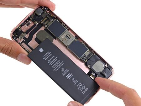 El descuento en reemplazo de baterías para el iPhone llega oficialmente a Colombia