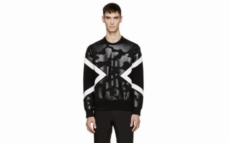 El clon de la semana: Geometría pop a blanco y negro de Neil Barrett gracias a Zara