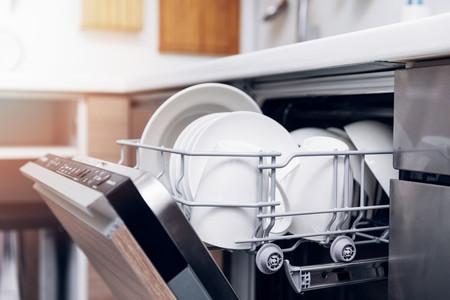 Somos expertos en tecnología, pero llega la hora de comprarnos un lavavajillas y nos parece que todos lavan igual