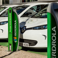 Iberdrola se alía con Ballenoil para instalar puntos de carga para coches eléctricos en sus gasolineras 'low cost'