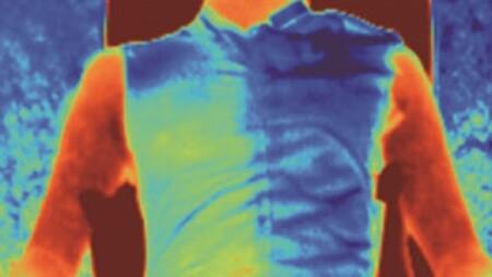 Este tejido promete enfriar nuestro cuerpo hasta cinco grados sin cables ni motor: así funciona