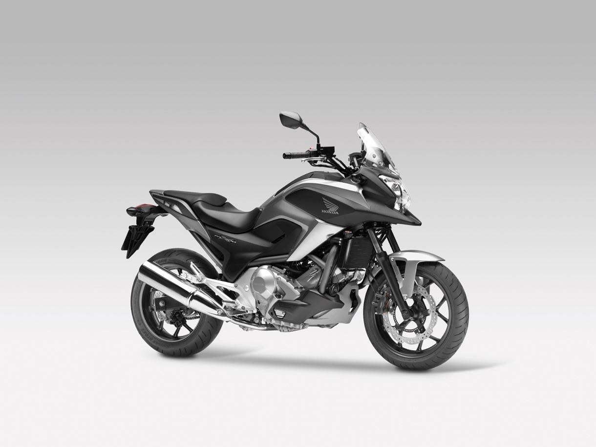 Honda NC700X, Crossover significa moto para todo