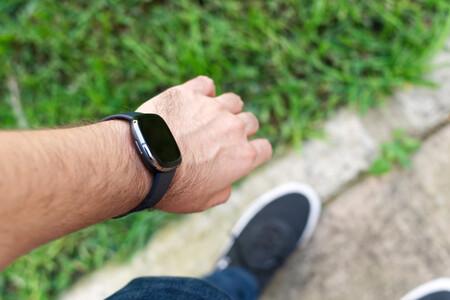 Fitbit Sense 16