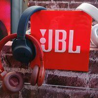 JBL Live Series llegan a México: estos audífonos permiten escuchar a la gente sin tener que quitarlos de nuestros oídos
