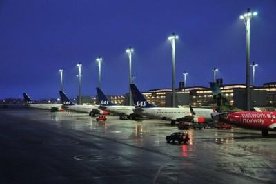 ¿Una luz azul que quita el jet lag?