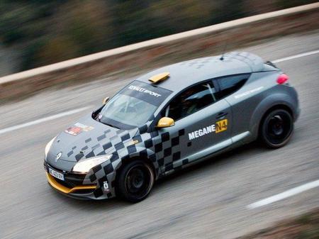 Renault podría estar pensando en su vuelta a los rallyes