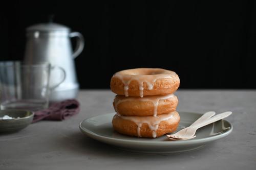 Cómo hacer donuts caseros (para una merienda o desayuno redondos)