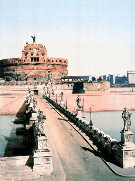 El Celebre Puente Que Conduce Al Castillo De Sant Angelo Es Una De Las Estampas Mas Iconicas Y Maravillosas De Roma