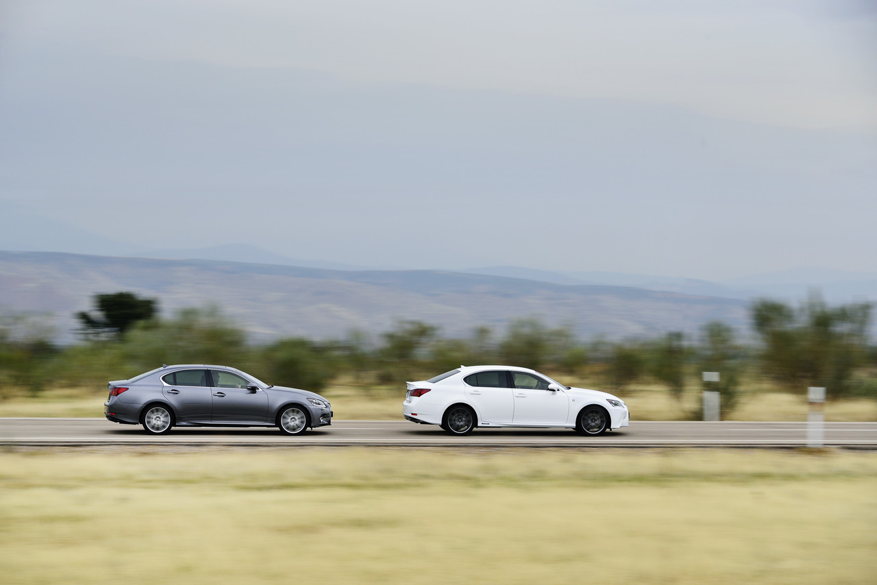 Foto de Lexus GS 300h (68/153)