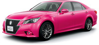 Toyota Crown Athlete rosa, edición limitada