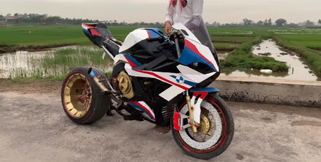 Bmw S1000 Rr Carton Video 1