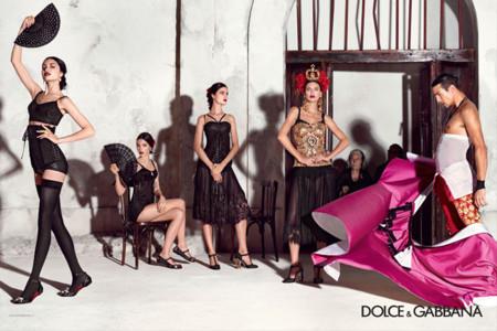 Blanca Padilla debuta con Manzanares en la campaña más española de Dolce & Gabbana