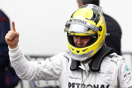 Nico Rosberg reina en el Gran Premio de Mónaco treinta años después que su padre