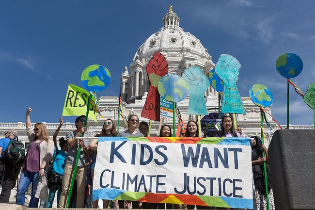 Kids Want Climate Justice 34168280266