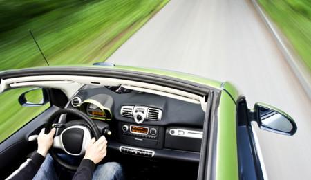¿Qué se necesita para convertirse en autoridad del mundo motor y hacer reviews de carros?