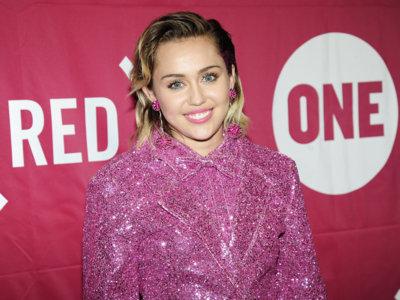 Cuando pensabas que Miley Cyrus no podía tener menos estilo, ¡se supera!