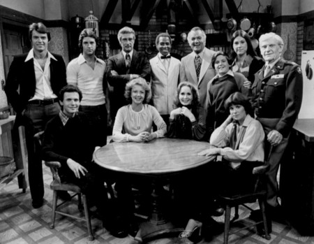 Soap Full Cast 1977