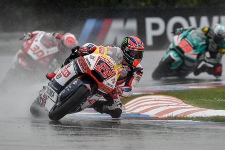En Moto2 conviven dos guerras parelelas, la de este año y la del próximo 2017