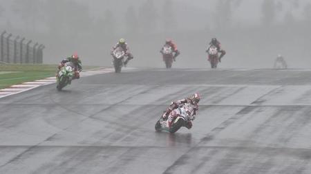 Superbikes Portugal 2014: Jonathan Rea se lleva la victoria bajo el aguacero