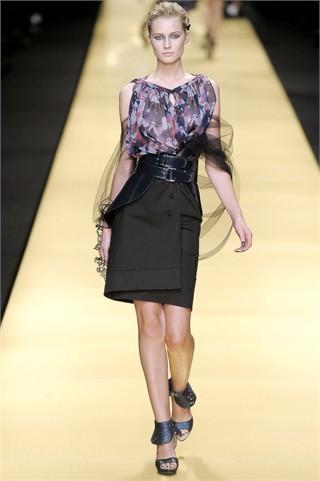 Foto de Karl Lagerfeld en la Semana de la Moda de París Primavera-Verano 2009 (21/32)