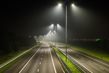 """En busca de luces más """"inteligentes"""" en la ciudad"""