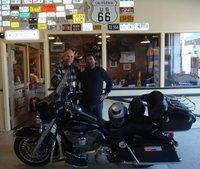 En moto por el Oeste Norteamericano (2): descubriendo la Harley Electra Glide