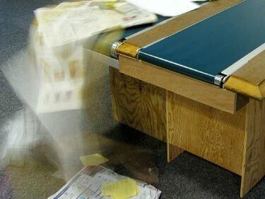 Katazukue, la mesa con cinta transportadora