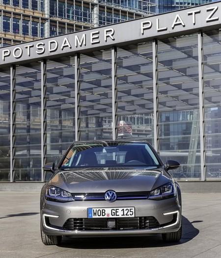 Volkswagen e-Golf gris 34