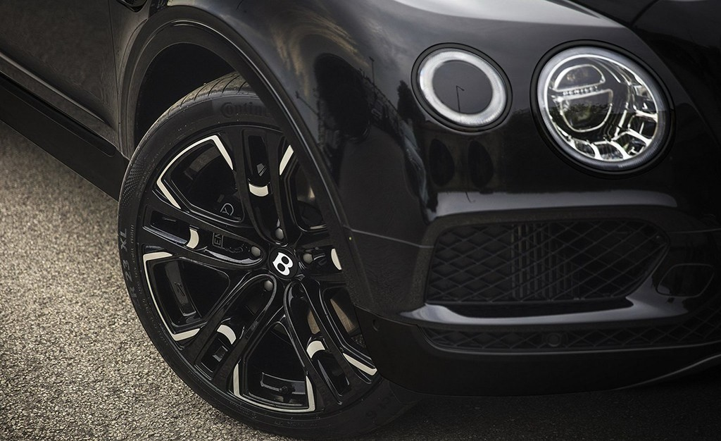 Foto de Bentley Bentayga Centenary Edition por Kahn Design (4/12)