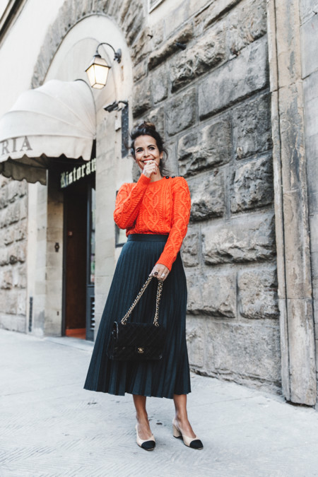 Orange Sweater Midi Skirt Slingback Shoes Chanel Vintage Bag Florence Outfit Street Style 16