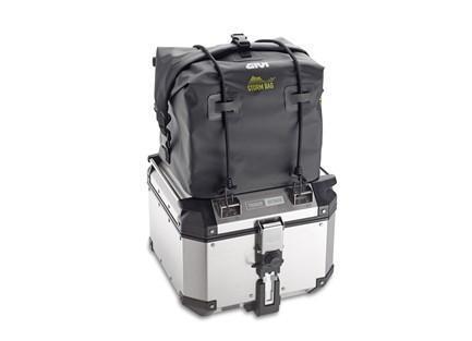 La bolsa T511 sobre la maleta OBK42a